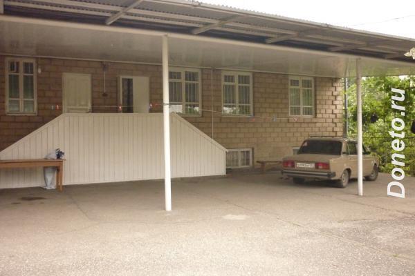 Продаю  дом  237 кв.м  кирпичный