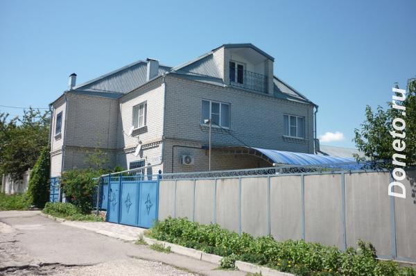 Продаю  дом  200 кв.м  кирпичный